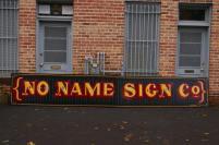 No Name sign_a