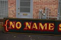 No Name sign_b